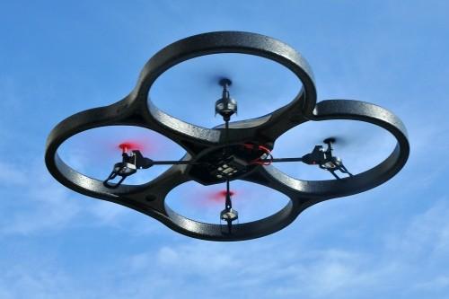 ciklon óriás rc quadrocopter